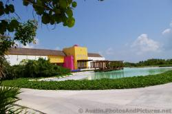 Playa Mujeres golf course club house area.jpg
