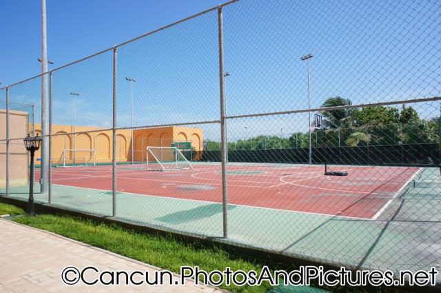 Multi-use sports court basketball court soccer field at Ocean Coral & Turquesa.jpg